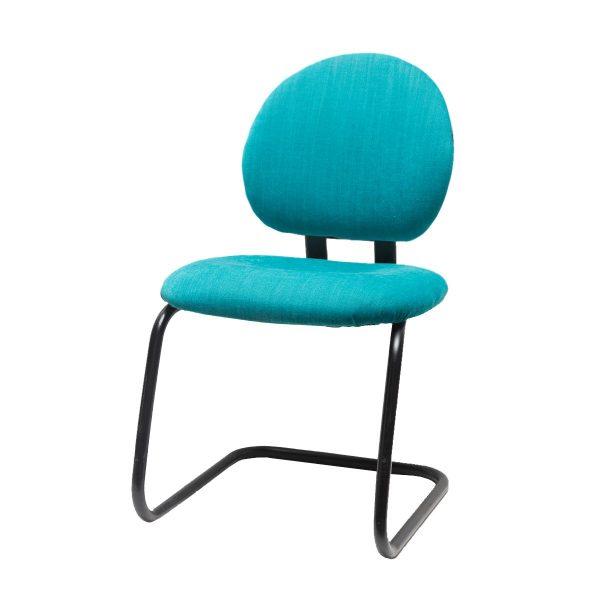 Silla Oficina. Juego de sillas retapizadas en azul